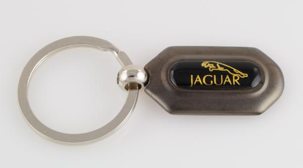 ジャガー JAGUERのキーホルダー(ガンメタ)