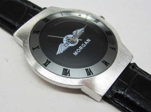 モーガンMorganの本革腕時計はイタリアからのお土産です。