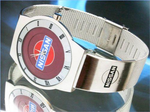 ニッサンNissan-GTR 日産の腕時計はイタリアからのお土産です。