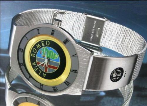 アルファロメオalfaromeoの腕時計はイタリアのお土産です。