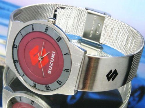 スズキSUZUKI鈴木の腕時計はイタリアから