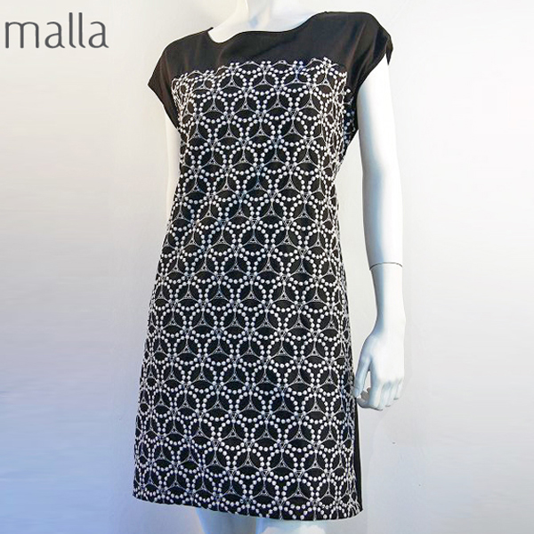 全国送料無料 日本製 malla マーラ ワンピース バックリボン 刺繍 Aライン レディースワンピース コットン(ブラック)
