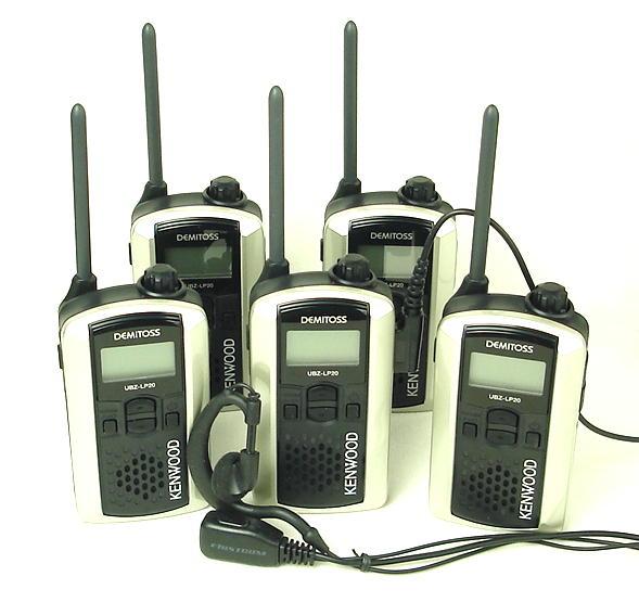 (5台セット) ケンウッド インカム/特定小電力トランシーバーUBZ-LP20(シルバー)と耳掛けタイプイヤホンマイクのお得なセット あす楽対応 送料無料
