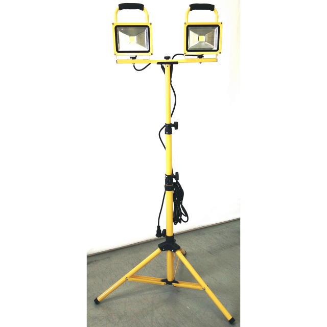 タイカツ LED投光器30W×2灯 三脚スタンド式 コード2芯3m付:TKS-302<タイカツ産業>