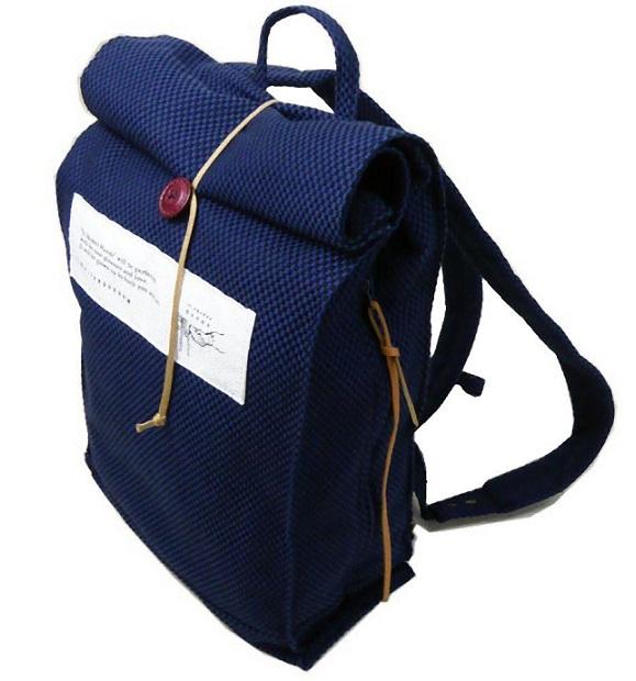 ユナイテッドビーズ IT SHAKES HANDS 紙袋リュック Sサイズ【刺子・紺】SAS-KBRS-02