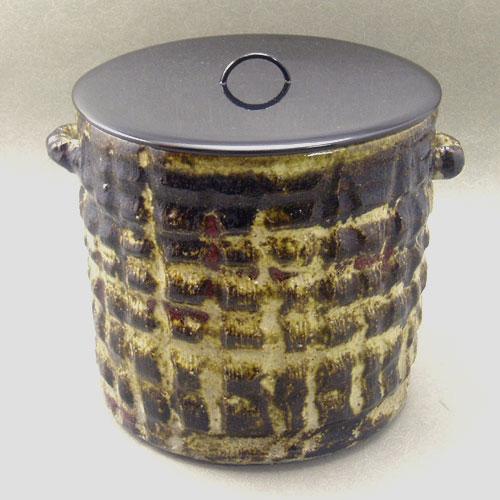 【茶道具】【送料・代引手数料無料】楽焼貫水指,川崎和楽作(共箱入り)