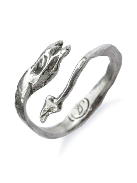 Silverella(シルバーエラ)【Sea Serpent Stack Ring / シー サーペント スタック リング】[正規品](指輪/海蛇/フリーサイズ/調節可能/細身/ヘビ/ファランジ/スネーク/スターリングシルバー/銀/925/銀/プレゼント/ユニセックス/メンズ/レディース)【送料無料】