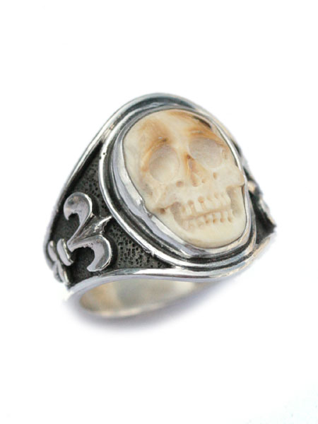Lee Downey (Lee Downey) Sculpted Skull Ring - Mammoth Ivory / scull ring,  ring