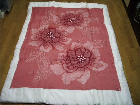 【千鶴の真綿ふとん】 羽二重絞り真綿布団(牡丹)1.5kg