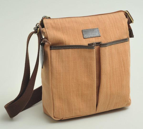 B1110-120 日本製手作り柿渋先染帆布ショルダーバッグ