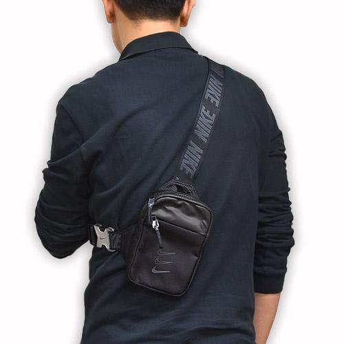 ギアに簡単アクセス ナイキ nike メンズ レディース バッグ カジュアル スポーツ ヒップ 入手困難 スポーツウェア 黒 011 エッセンシャル S NEW ARRIVAL BA5904 P