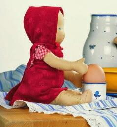 ジルケ人形(SILKE) EMELIE 28cm KOSEN(ケーセン社)知育玩具 プレゼント/リアル/動物/ギフト/子供/女の子/男の子/ぬいぐるみ/クリスマス