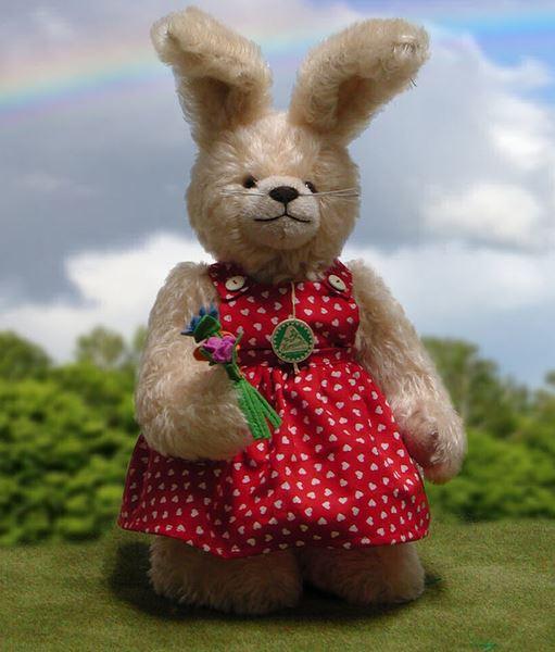 ウサギ ママ 緑ハーマン社テディベア