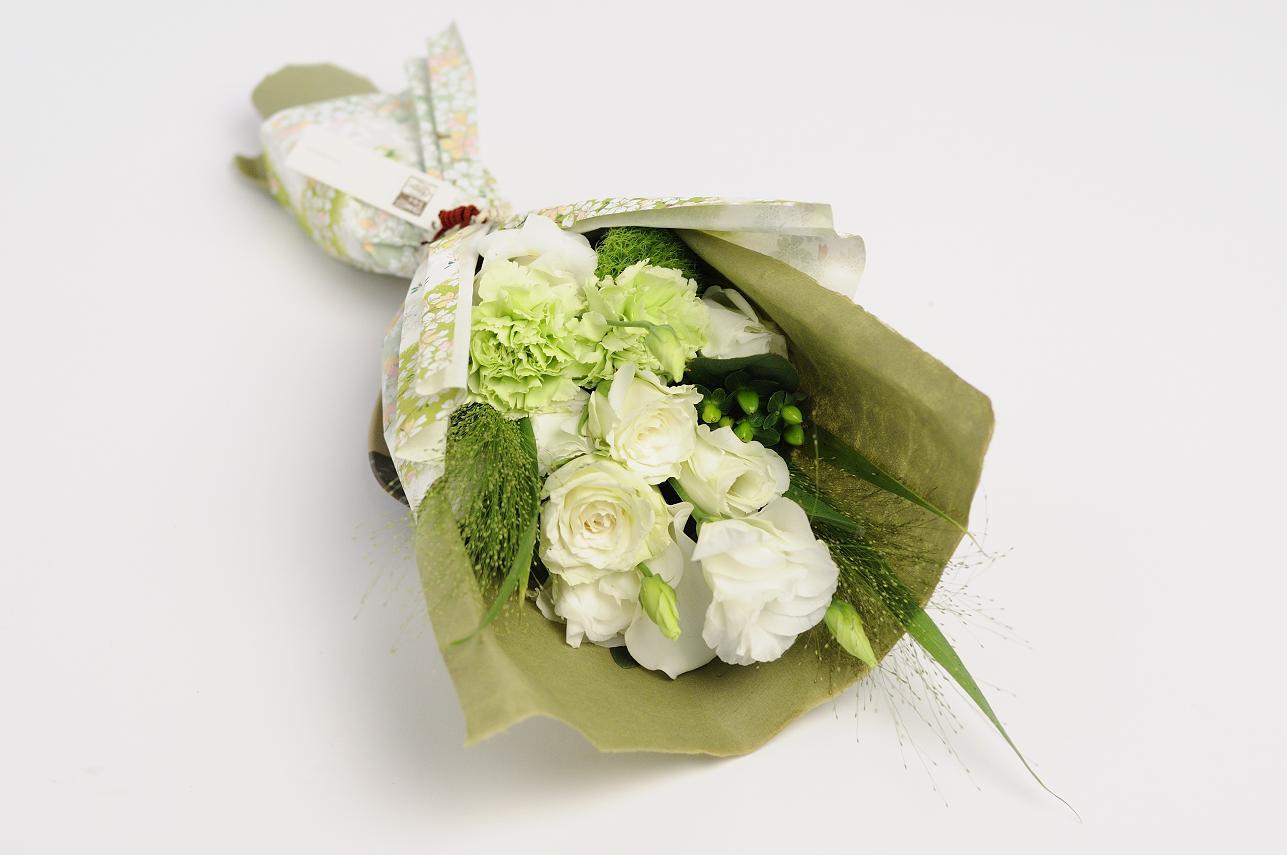 30代男性向け|送別会で男性に贈る、喜ばれる花束・フラワーギフトは?【予算5,000円】