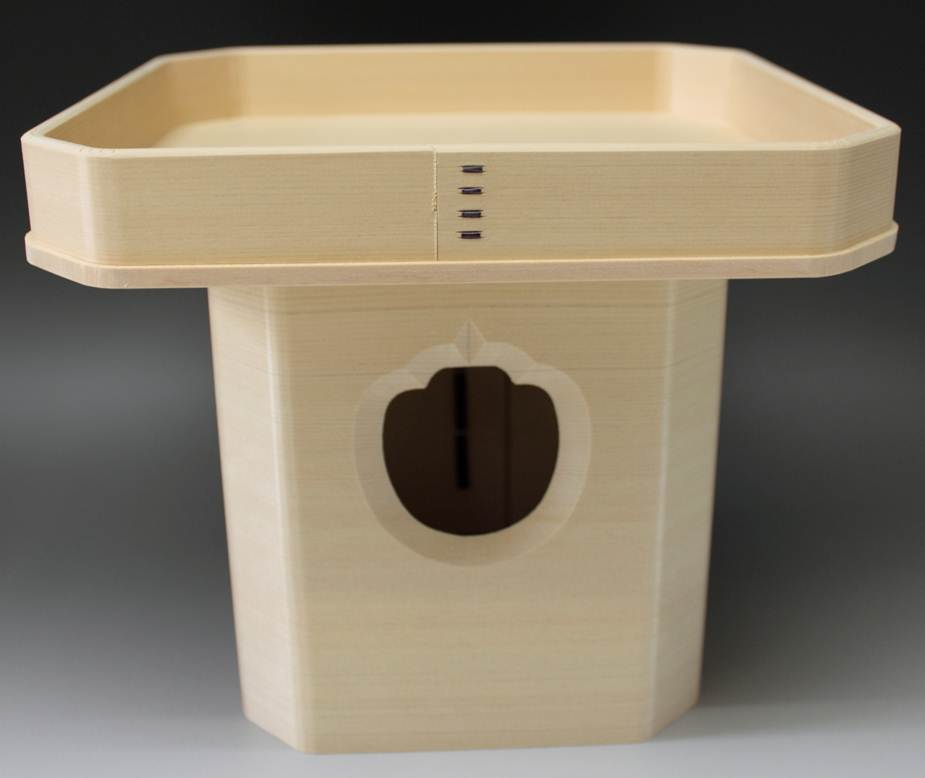 神ノ木であるヒノキで作りました スーパーセール期間限定 本職用です 狂いの少ない本柾 糸柾 買い取り の板を使用しています 三宝 木曽ヒノキ 9寸 三方 お膳 台 祭礼 儀式 お供え 神饌を載せる台