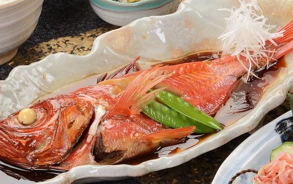 お手頃サイズ レンジで温めOK ご家庭用 倉庫 金目鯛の姿煮 温めるだけ 1尾 金目鯛煮付け 調理済み 至上