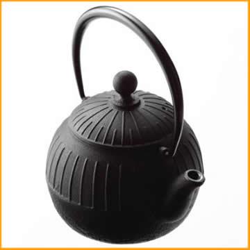《あす楽》【南部鉄器】及源鋳造 鉄瓶 千草 1.15L H-154[IH対応]