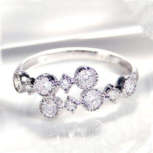◆Pt900 ダイヤモンド アンティーク リング指輪 リング プラチナ ダイヤモンド ダイア ミル打ち アンティーク 送料無料 刻印無料 品質保証書 代引手数料無料 ギフト プレゼント 誕生石