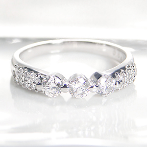 ◆Pt900【0.60ctUP】ダイヤモンド リング指輪 リング プラチナ pt900 豪華 ダイヤモンド ダイヤ ダイア 大粒 SIクラス 0.60カラット 4月誕生石 プレゼント 送料無料 刻印無料 品質保証書 代引手数料無料