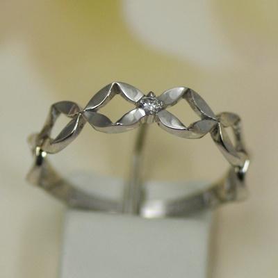 ダイヤモンド ピンキーリング ホワイトゴールド (K14WG) ワンポイントのダイヤがかわいい 恋のおまじない 送料無料