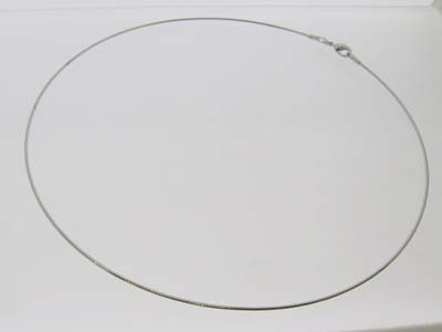 """《幅1.0ミリ お買い得 至上 40センチ》""""オメガネックレス""""シルバーカラー《パワーストーン 天然石》"""