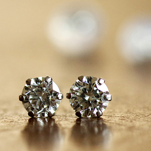 PT900(プラチナ)ダイヤモンド ピアス 0.50ct ハート&キューピッド(鑑別書付き)(※K) レディース 女性用 ジュエリー おしゃれ シンプル 大人 可愛い つけっぱなし アレルギー対策 日本製