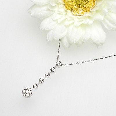 【上質ジュエリー】[スピード配]ホワイトゴールド(K18WG) ダイヤモンド ネックレス(D 0.35ct/スイング)【宝石 ジュエリー】【プレゼント】【刻印無料】*