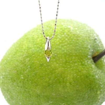 ホワイトゴールド(K18WG) アップルグリーンダイヤモンドネックレス(1粒石0.15ct/プチネックレス/一粒ダイヤ)【宝石 ジュエリー】【プレゼント】【刻印無料】*