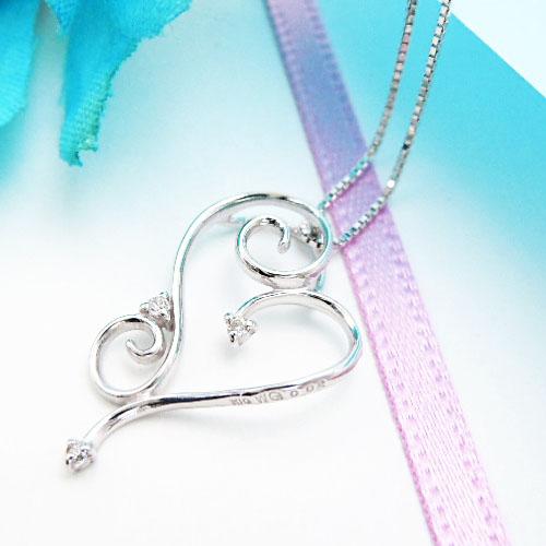 【上質ジュエリー】ホワイトゴールド(K10WG) ダイヤモンド ネックレス(4月誕生石/ハート)【宝石 ジュエリー】【プレゼント】【刻印無料】*