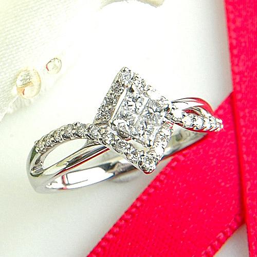 【上質ジュエリー】ホワイトゴールド(K18WG) ダイヤモンド リング(プリンセスカット/ミステリーセッティング)【ハイクラス】【宝石 ジュエリー】【プレゼント】【刻印無料】*