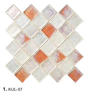 釉薬の厚みによって幻想的な色を生み出す タイルの名古屋モザイク工業 クラフトタイル KULICLAIR クリクレア KUL-07 約49X49X6.5 49角