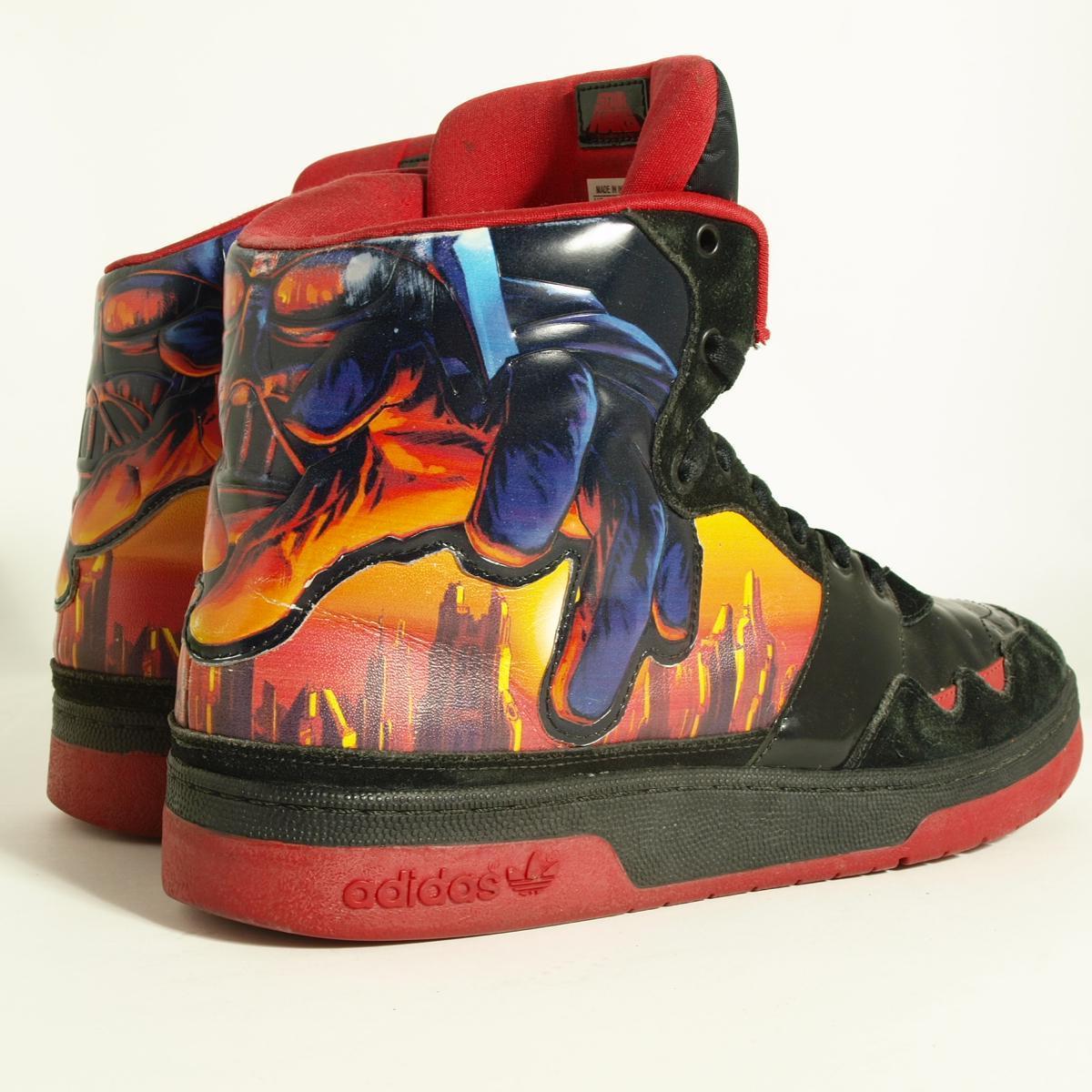阿迪达斯星球大战科洛桑天际线中期运动鞋 US12 男装 30.0 厘米阿迪达斯 /boj4543 160806