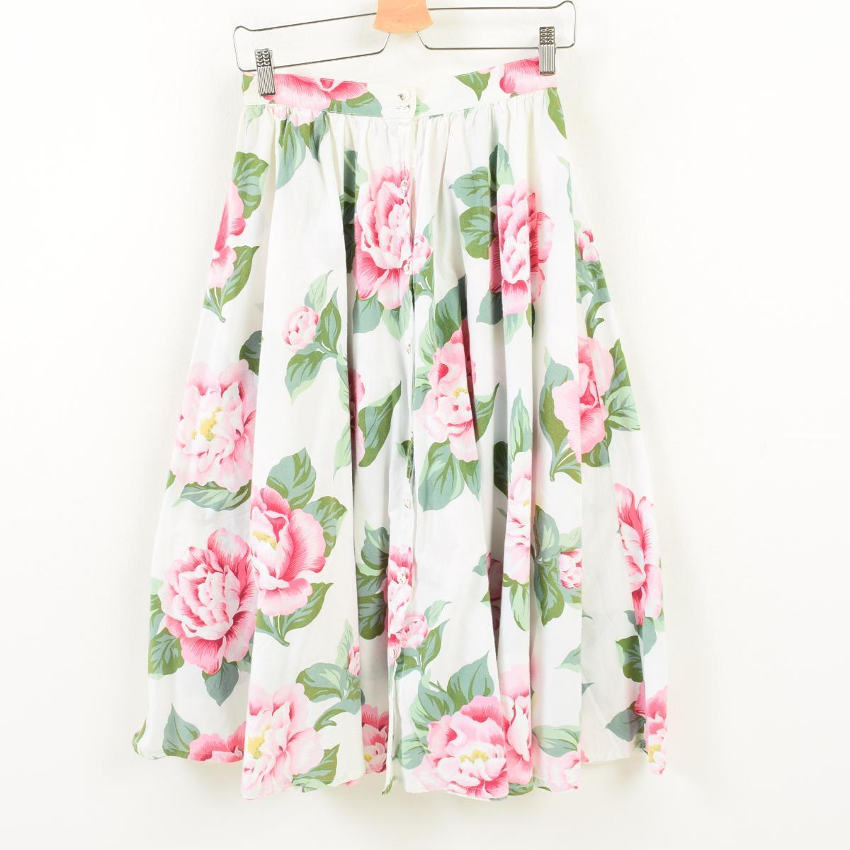 8513aede20 Lady s M  wak7468 made in ADRIENNE VITTADINI floral design fastening in  front cotton long gathered skirt USA