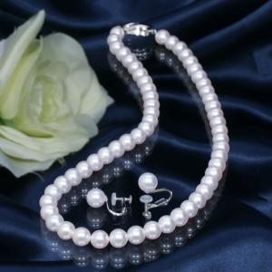 【おすすめフォーマル真珠】人気の高い真珠ジュエリーをご紹介! 高品質7mm珠「オーロラ花珠」あこや真珠ネックレス&イヤリング