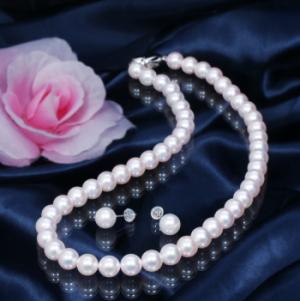 【おすすめフォーマル真珠】人気の高い真珠ジュエリーをご紹介! 高品質8mm珠「オーロラ花珠」あこや真珠ネックレス&ピアス
