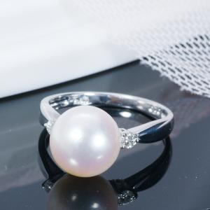 【おすすめフォーマル真珠】人気の高い真珠ジュエリーをご紹介! 高品質特大珠9.5mm珠「オーロラ花珠」あこや真珠リング(詰めなし)