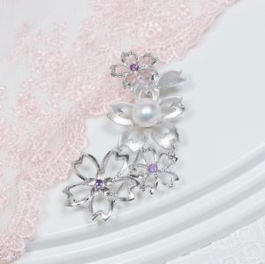 【フォーマルに、またドレスアップの必須アイテム「真珠ブローチ」!モダンなデザインで新登場!】シルバーあこや真珠デザインブローチ【KGAA-5112】