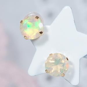 美しい色合いが浮き出る神秘の宝石 オパール を使ったシンプルピアス 耳元を華麗に演出してくれます 計0.8カラット こだわりのカラーストーンピアス 倉庫 クリアランスsale!期間限定! 18金オパールピアス ラウンド