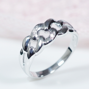 【おすすめ!NEWデザイン】10金ホワイトゴールドダイヤデザインリング【鎖(チェーン)】