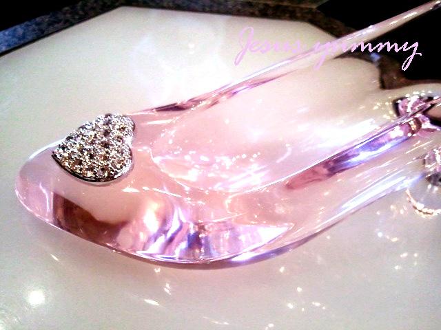 楽天市場シンデレラ ガラスの靴 ハート ピンククリヤーストーン l