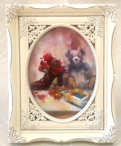 絵画 原画 「ヴィオレットの好きな花」 水彩/パステル アンティークバニラ ホワイト フォトフレーム ヨーロピアンインテリア 額縁 写真たて Yumi Kohnoura作  テディベア クマ 壁掛け・卓上両用