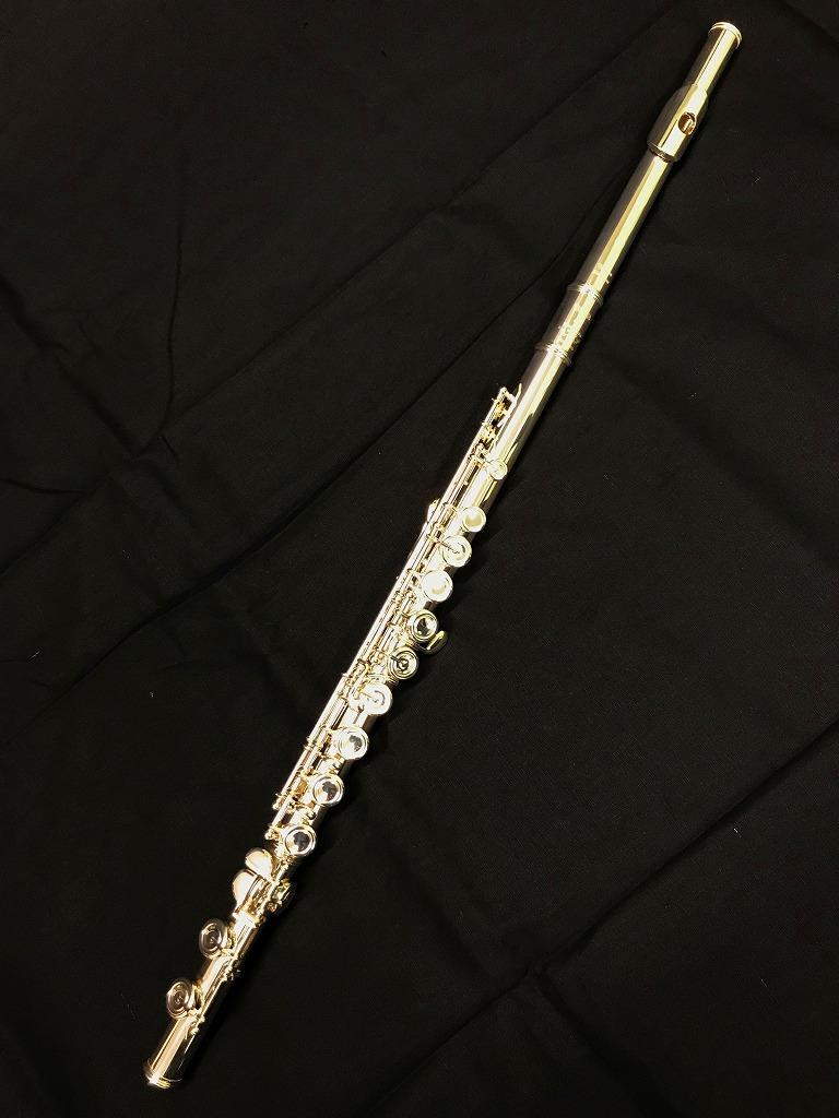 YAMAHA Flute YFL-617ヤマハ フルート カバードキイ Eメカ付 C足部管モデル
