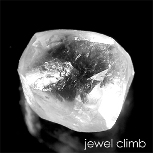 増税前最後のサマーセール開催【レアストーン価格変更中】ダイヤモンド原石 宝石 ルース 0.69CT