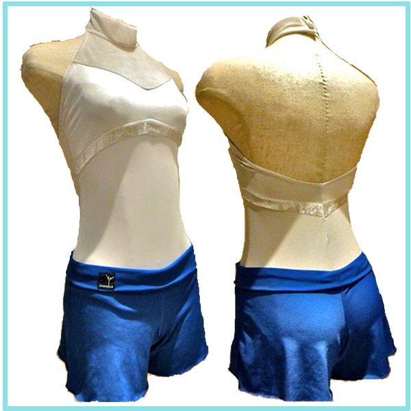 人気商品 ロゴ入りショートパンツのロイヤルブルーです 奉呈 在庫一掃売り切りセール 着こなし方3通り バレエ ショートパンツ マットスパン製 ロイヤルブルー Jewelesqueオリジナル