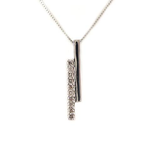 スイートテン ダイヤモンド デザイン ペンダント ネックレス プラチナ製