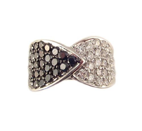 K18WG ブラックダイヤモンド パヴェ リング