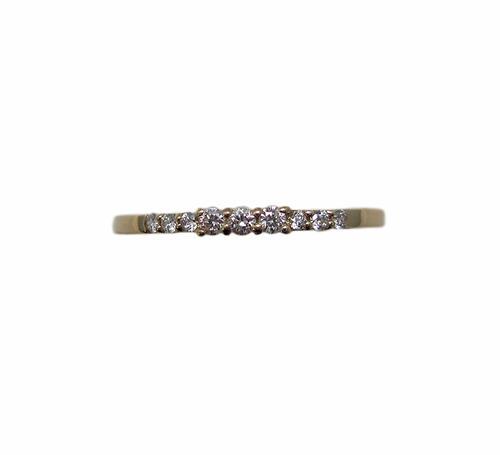 可愛い ダイヤモンド リング イエローゴールド製