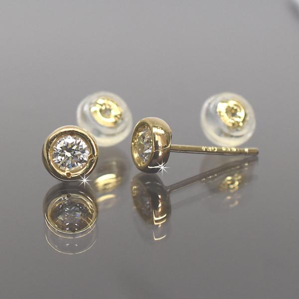 K18  18金 イエローゴールド チョコ留め丸タイプ ダイヤモンドピアス 直径3.0mm ダイヤ 0.2ct