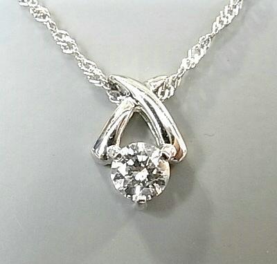 【送料無料】ダイヤモンドが際立つシンプルなデザインで美しい胸元を演出☆Pt ダイヤモンドネックレス【smtb-tk】