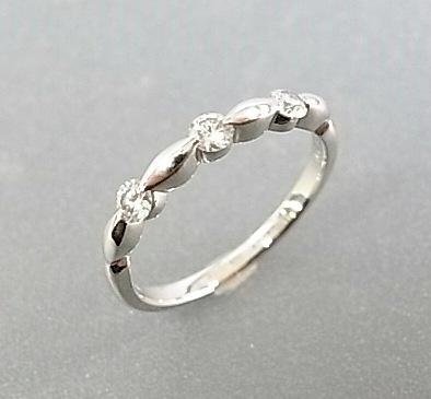 【送料無料】シンプルで可愛いダイヤモンドリング☆Pt ダイヤモンドリング【smtb-tk】